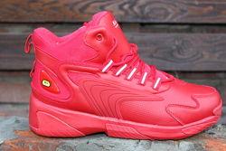 Красные мужские зимние ботинки