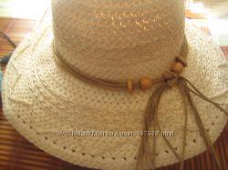 Летняя шляпа с бусинами