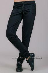 Спортивные штаны, брюки на манжете