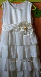 Красивое платье для торжеств