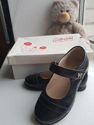Туфли черные, лак, Мальви, 30 раз