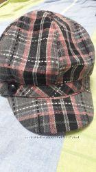 Новая женская кепка с козырьком