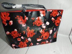 яркая  красивая сумка Victoria&acutes Secret