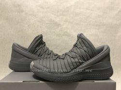 Nike Jordan Flight Luxe оригинал р. 44 45 new баскетбольные кроссовки серые