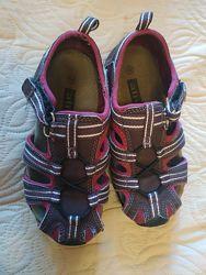 Летние сандалии, открытые кроссовки