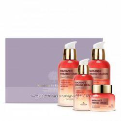 Антивозрастной осветляющий набор The Skin House radiance and firming set