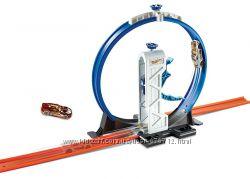 Трек Hot Wheels вертикальная петля Track Builder Loop Launcher Mattel