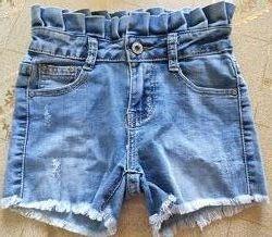 Шорты джинсовые на 6-7 лет