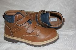 Демисезонные ботинки для мальчика р. 32- 20 см р. 33-21 см venice венице
