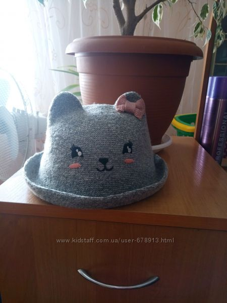Прикольная шляпка котелок