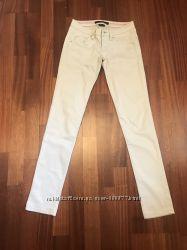 Продам брюки Calvin Klein, котонн, размер 24-25