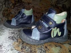 Кожаные демисезонные ботинки Mrugala p.21 в отличном состоянии