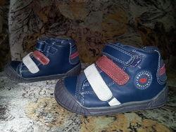 Синие кожаные демисезонные ботинки на байке Cool Club р.24 в отл. состоянии