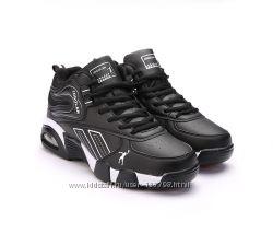 Зимние мужские кроссовки. Стелька 30, 5см. Торг