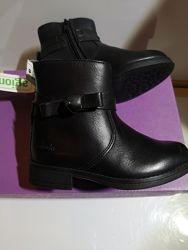 Деми ботинки Clarks Sami Fluff  24 . 25 . 28. 30. 32 Оригинал. Кожа