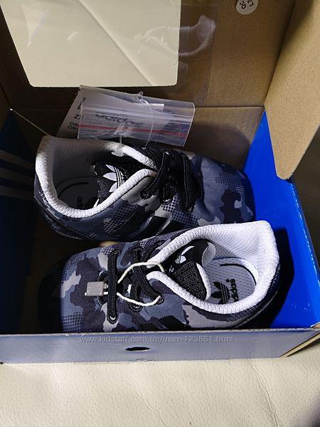 Пинетки Adidas Flux  20 размер стелька 13 см