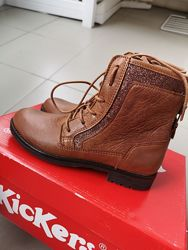 Кожаные деми ботинки KicKers