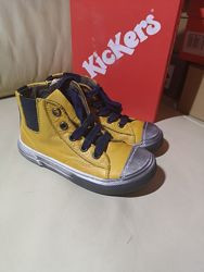 Кожаные Деми ботинки Kickers Франция 20. 21 и 22. 24.  размер
