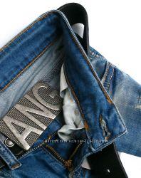 стильные джинсы в наличии