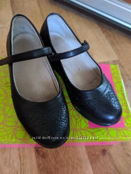 Школьные туфли для девочки на платформе