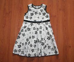 Красивое платье на 4-5 лет