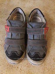 Продам кроссовки ботинки Primigi по стельке 24, 5 см