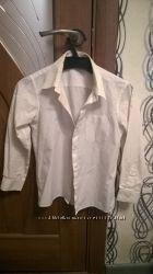 Продам школьную блузку Mark&Spenser, размер 9 лет