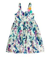 Красивое платье на 4-6 лет
