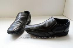 БУ Туфли черные детские можно в школу Marks&Spencer, 33 размер