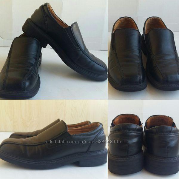 Туфли школьные бу черные для мальчика в школу р. EU 37 бренд C&A Германия