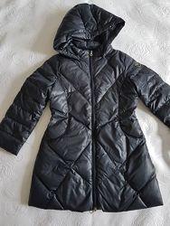 Зимнее пальто Armani Junior на 6-7 лет