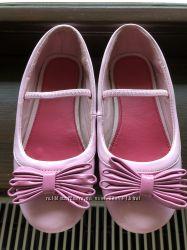 Продаю балетки Mothercare для дівчинки в розмірі 29
