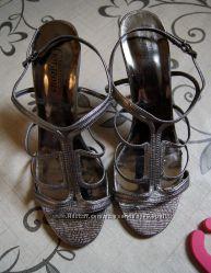 Стальные босоножки тм New Look размер 40 стелька 26 см