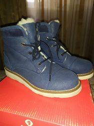 Фирменные 34р. очень теплые зимние ботинки Garvalin