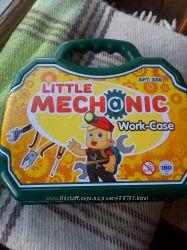 Набор инструментов Маленький механик в чемодане арт. 386