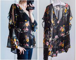 Блуза с вырезами на плечах Marks&Spencer