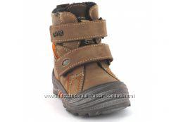 Ботинки BARTEK  в отличном состоянии Натур. мех