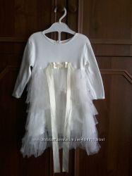 Очень красивое платье на девочку 1годик