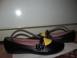 Брендовые полностью кожаные туфли-лодочки Next оригинал р.4, стелька 23.5 см