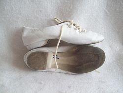Танцевальные туфли джазовки кожа, стелька 17,5 см.