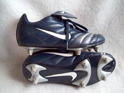 Бутсы шиповки Nike, стелька 24,5 см.