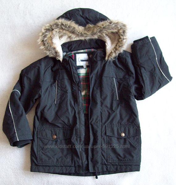 Куртка деми, длина 55 см.