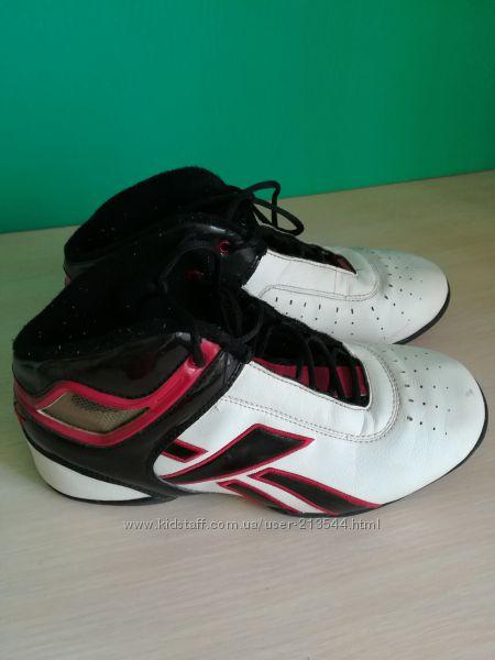 Кроссовки баскетболки  Reebok 36, 5 размер