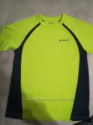Спортивная футболка Columbia на 10-11 лет