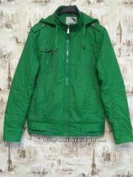 Весенняя куртка ветровка парню или мужчине