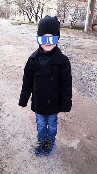 Стильное куртка -пальто на тонком синтепоне фирмы Next шапка в подарок
