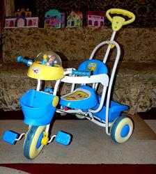 Трехколесный велосипед с родительской ручкой Geoby Goodbaby