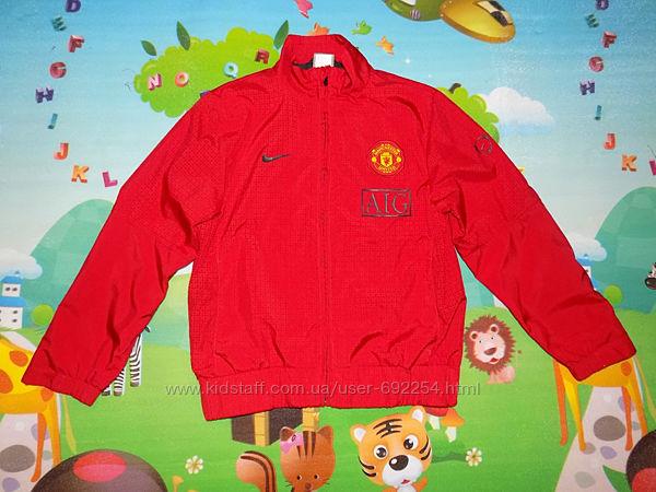 Куртка ветровка на мальчика Nike р.128-140см на 8-10 лет