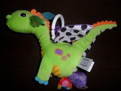Lamaze развивающая шуршащая игрушка подвеска Дракончик Флип Флап