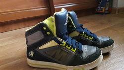Ботинки  Skechers р. 35 ст. 22см